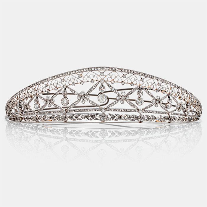 An exquisite tiara