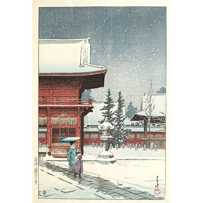 Snow at the Nezu Gongen Shrine in Tokyo