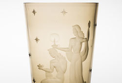 Decorative Arts from the 1920-40s E410