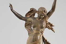 Sculptures Selected E757