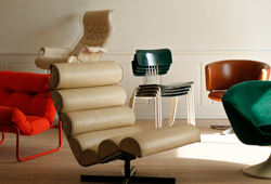 New materials - new shapes. A collection of furniture from the years around 1970 E787